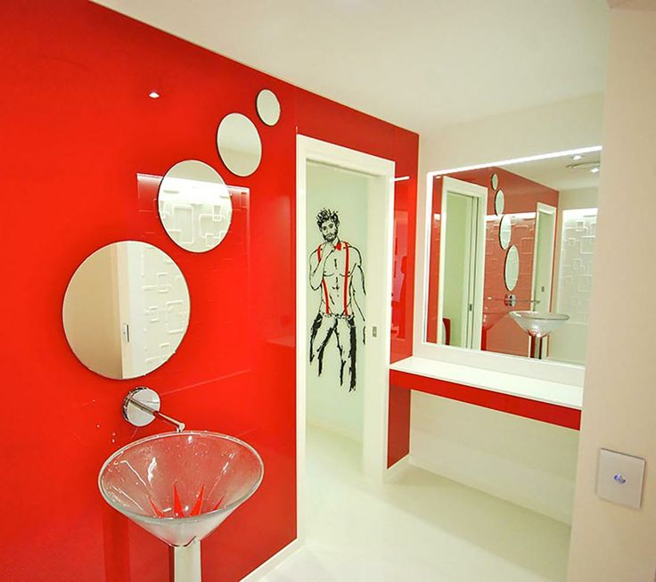 Glass wall bathroom - Voodoo Glass, Gold Coast - http://www.voodooglass.com.au