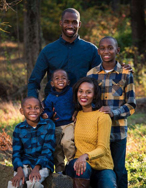 These are our Fall Family Pictures.  This will give you Family Picture Outfit Ideas I also wanted to feature black family pictures.  #familypicutres #blackfamily