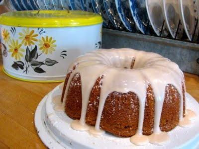 Rita's Recipes: Root Beer Cake