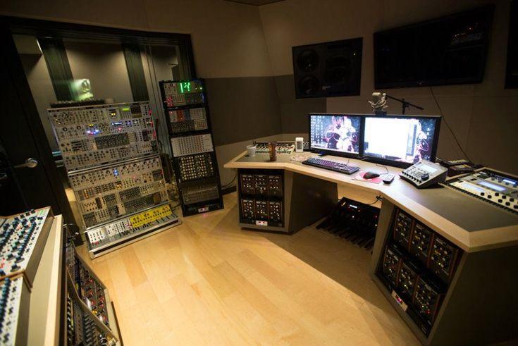 Deadmau5' New Studio 1