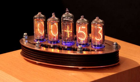 5-tubo Nixie Clock V1 (Kit de bricolaje, con tapa de cobre)