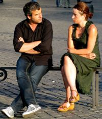 How to fix a fight with your spouse-the right way. Tips and steps to understanding.