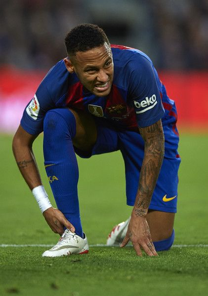 Neymar JR of Barcelona reacts on the pitch during the La Liga match between FC Barcelona and Malaga CF at Camp Nou stadium on November 19, 2016 in Barcelona, Catalonia.