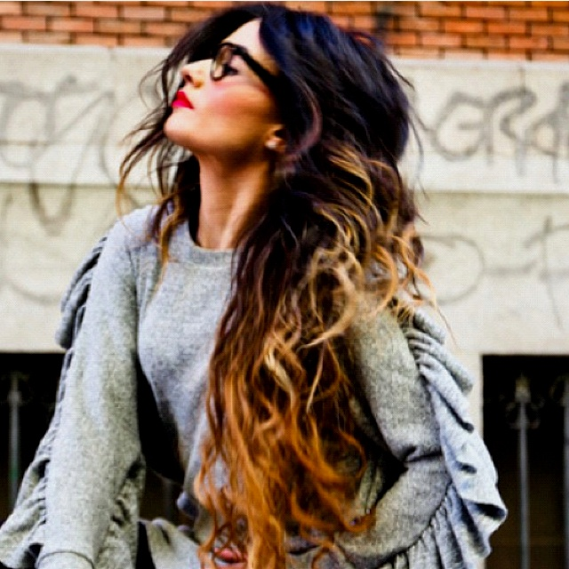 Gonna re dye my color tomorrow hopefully:)Sho, Hair Colors, Style, Ombre Hair, Ombrehair, Long Hair, Longhair, Red Lips, Jeffrey Campbell