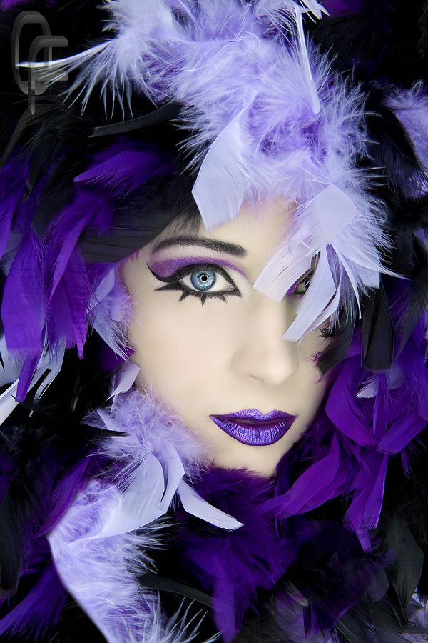 feathersFeathers Boa, Shades Of Purple, The Colors Purple, Makeup, Beautiful, Body Painting, Purple Passion, Violets, Eye Art