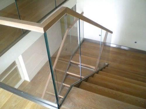 Best 25 indoor railing ideas on pinterest - Glass and wood railing design ...