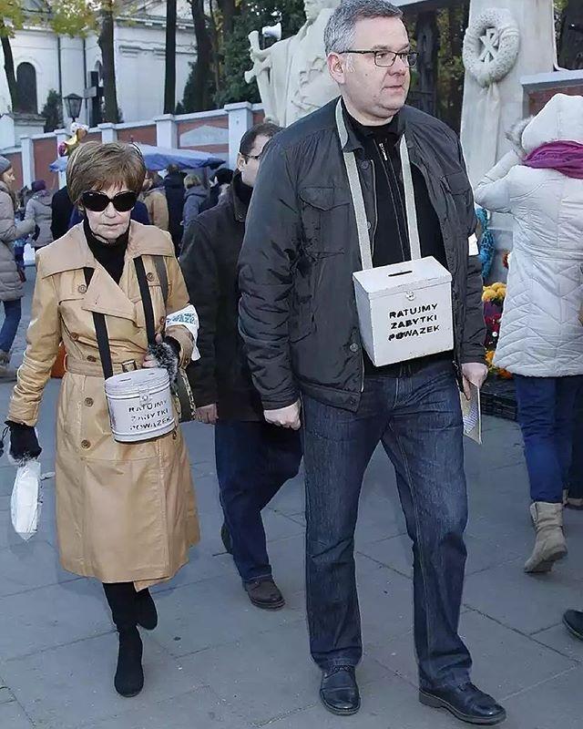 Tak było w ubiegłych latach- w tym roku rownież zbiórka jest :) #powazki #warszawa #mariaczubaszek #czubaszek