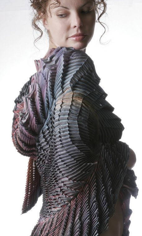 Accordion Pleats - fabric manipulation for fashion - dyed fabric and structured pleat patterns & texture; creative textiles // karren brito