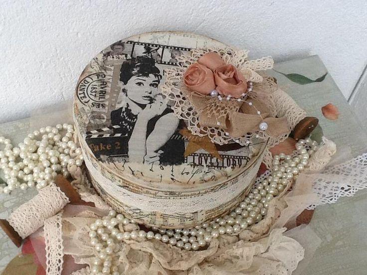 Einzigartige Vintage Dose... von *Bergaz-art* auf DaWanda.com