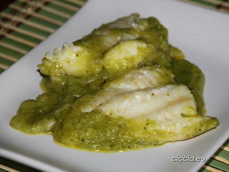 #Secondopiatto a base di #pesce leggero e gustoso, un pesce dalla #carne compatta e saporita che si abbina molto bene alle #zucchine...  #FILETTO DI #SCORFANO con #CREMA DI ZUCCHINE