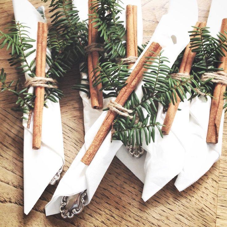 christmas table setting- caitlyn ryall