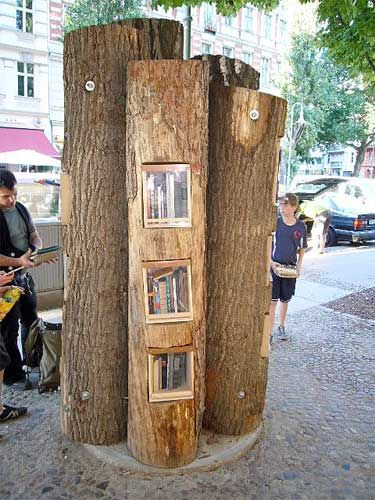 Booktree, Berlin - Initiative by Book Crossing, an organisation that wants to create a worldwide library through free book exchange. Their goal is to connect people through books.