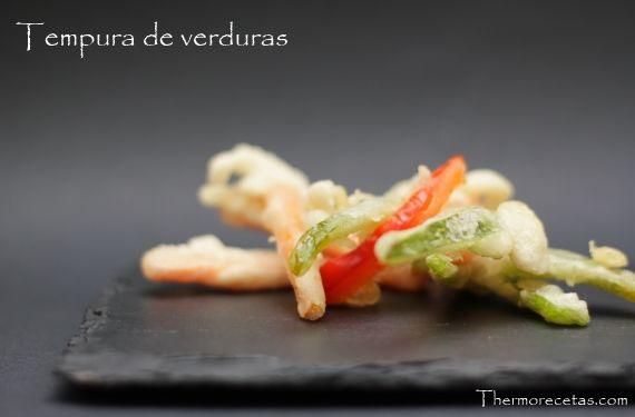 Tempura de verduras japonesa - http://www.thermorecetas.com/2014/01/10/tempura-de-verduras-japonesa/
