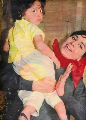 Geeta Bali with her daughter Kanchan (Kajal)