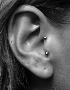 I wonder if you can have a tragus piercing with this...