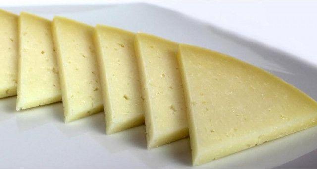 Formaggio contenente additivo tossico per la salute, commercializzato in Italia, ritiro immediato dal commercio.
