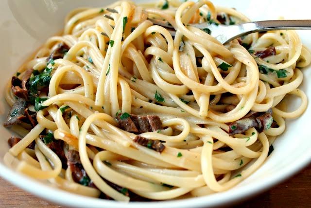 Linguine with Mushrooms, Marsala and Mascarpone