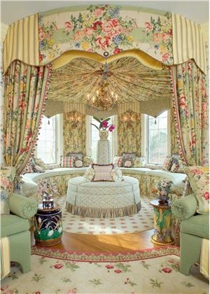 Traditional (Victorian, Colonial) Family Room by J. Wesley Goldthorpe & Anne L. Edwards