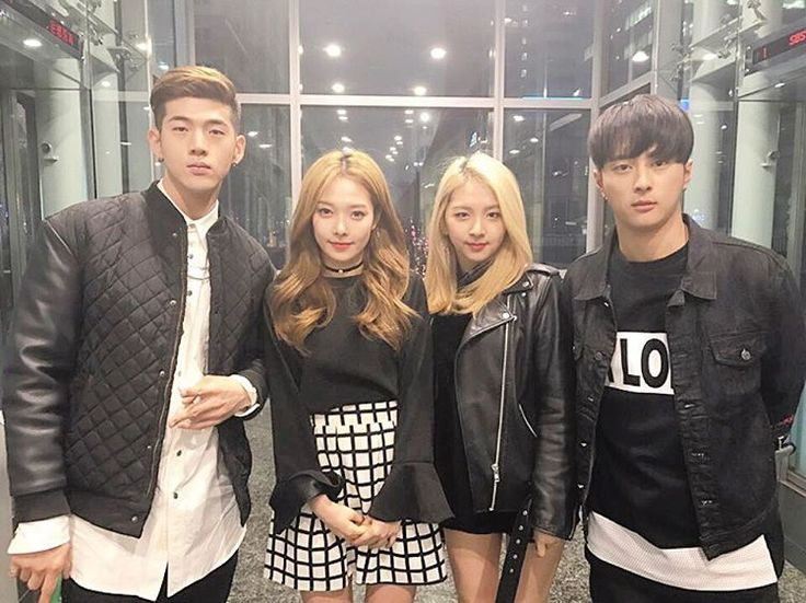 "K.A.R.D (@official_kard) on Instagram: ""‪2017.03.01 7:00 PM‬ ‪Coming up next!‬ ‪K.A.R.D is on 언니네라디오‬ ‪SBS라디오 본방사수! #KARD‬"""