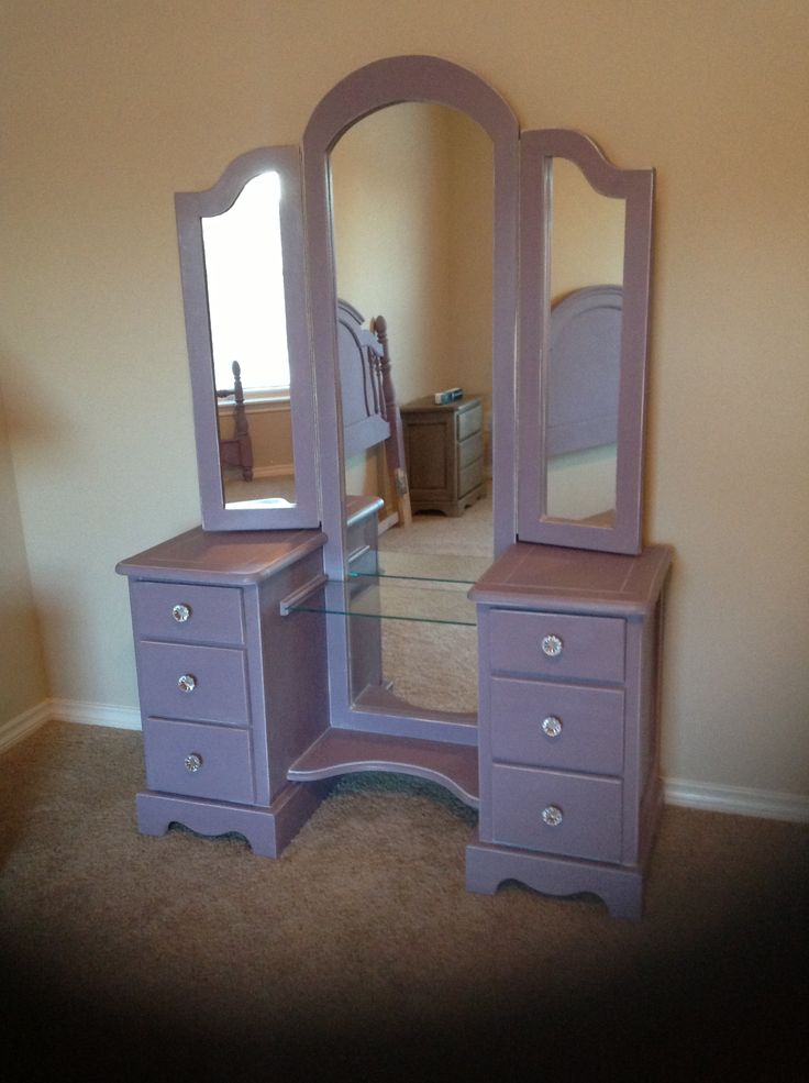 I Painted This With Annie Sloan Chalk Paint The Color