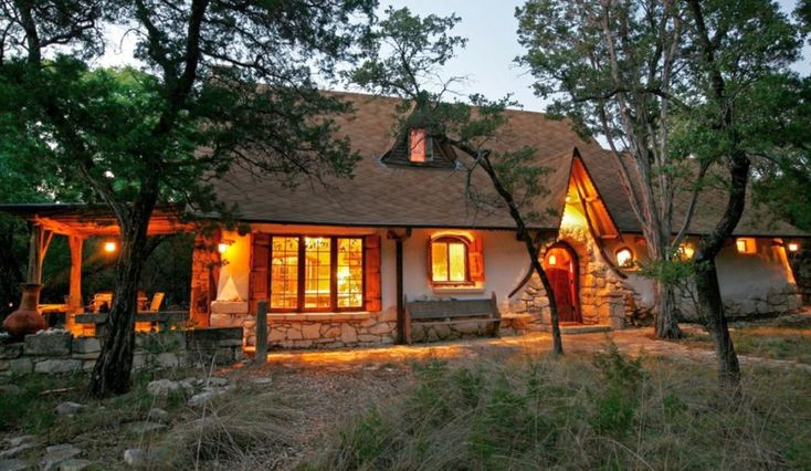 Cob homes: Designs and Interiors