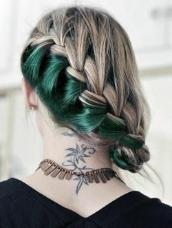two tone braid ... love it even when i think i won´t let my hair long ever