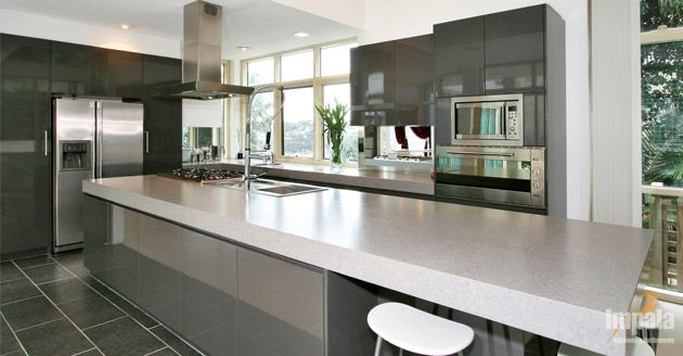contemporary-island-kitchen
