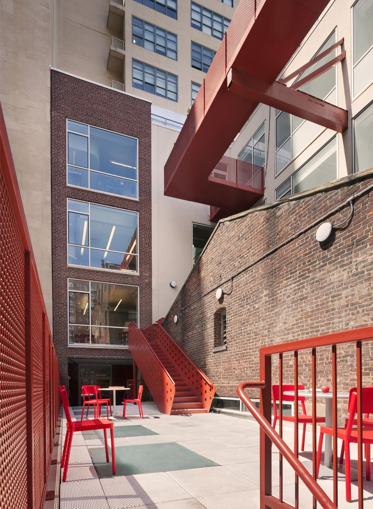 Little Red Elisabeth Irwin / Andrew Bartle Architects