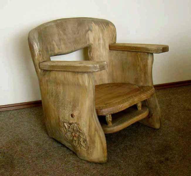 Oryginalny fotel z litego drewna