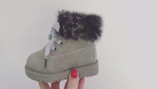 Limited sizes Back in Stock! Itty Bitty Alaskan Grey Winter fur boots only £24.95 VIEW MORE https://www.ittybitty.co.uk/product/itty-bitty-alaskan-grey-winter-fur-boots/ PayPal or Credit/Debit card Secure website Worldwide shipping #daughter #boots #christmas #boutique #celeb #princess #winter #style #mum #parenting