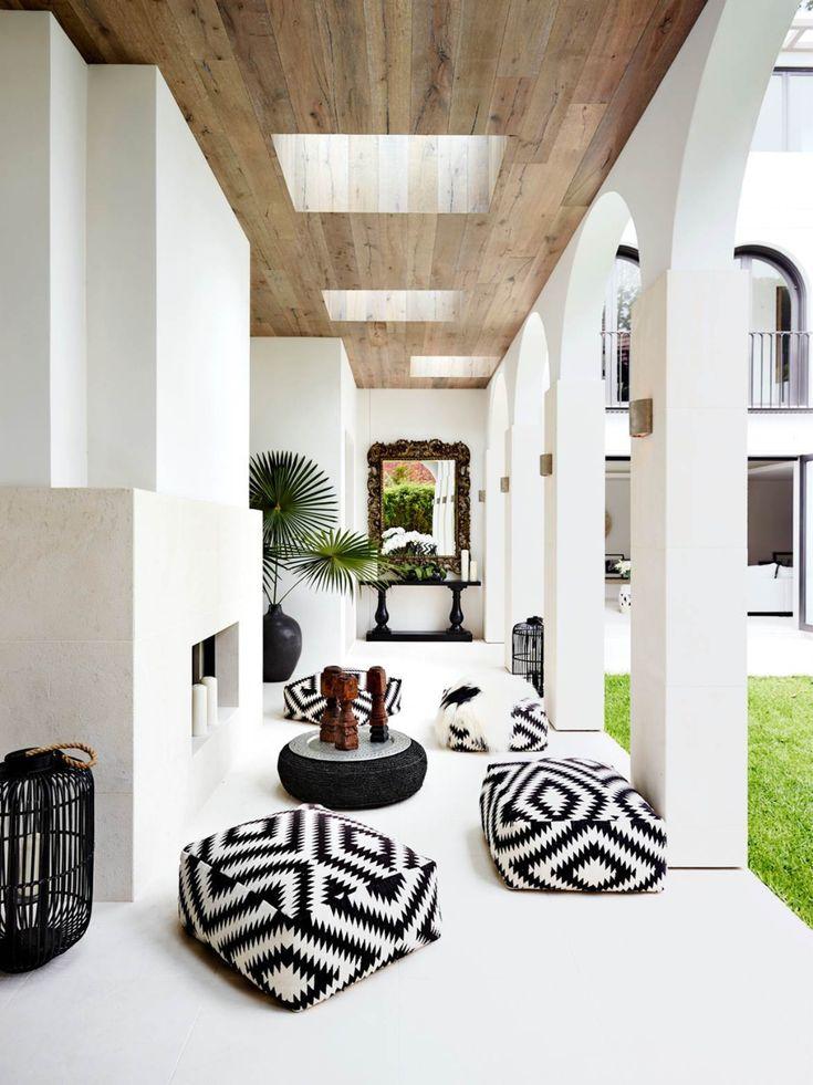 8 luxurious outdoor living rooms | Belle Outdoor Living Rooms, Living Spaces, Outdoor Spaces, Outdoor Patios, Outdoor Kitchens, Modern Outdoor Decor, Outdoor Dining, Patio Bohemio, Patio Design