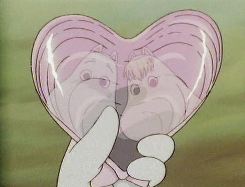 The moomins and a heart shaped shell