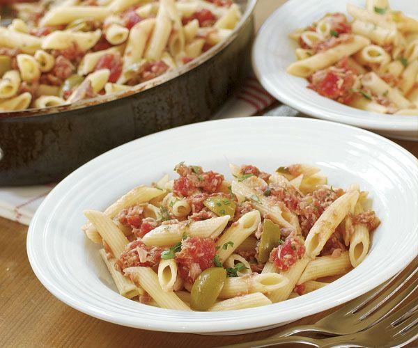 Pasta with Tuna, Tomato & Green Olives