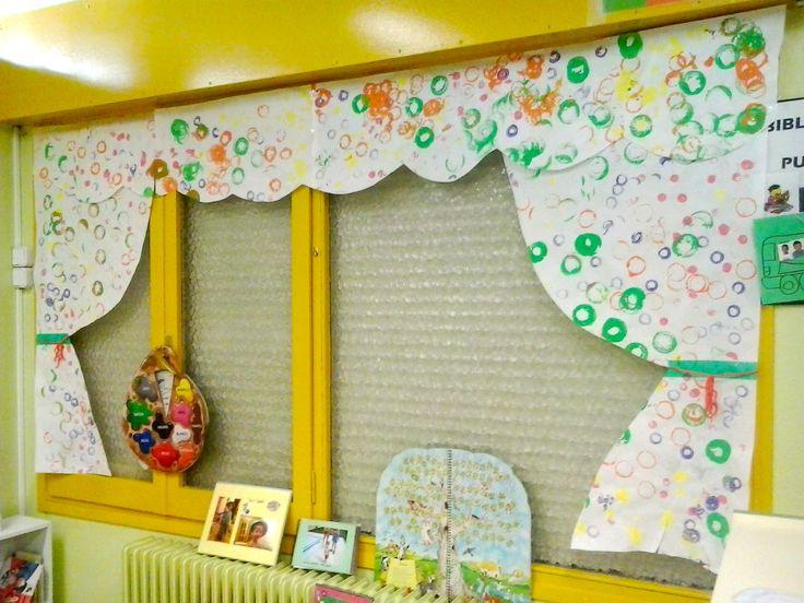 Resultat d'imatges de cortinas clase infantil