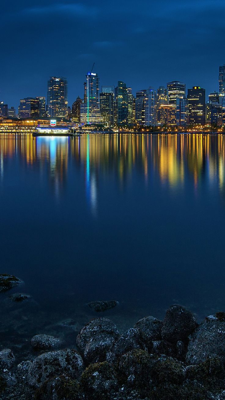 4K iPhone Wallpaper City lights at night, Floating city