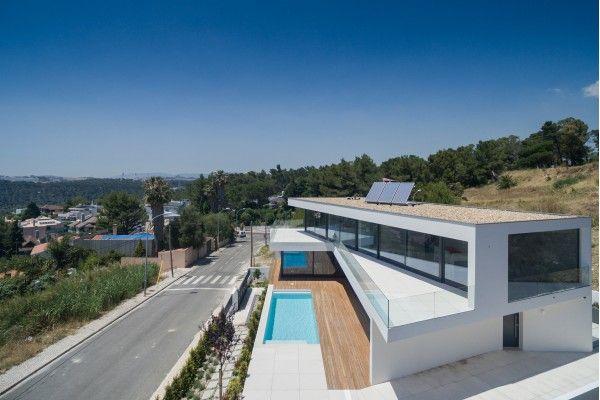 Projecto da autoria de JPS Atelier - Casa JC em Oeiras