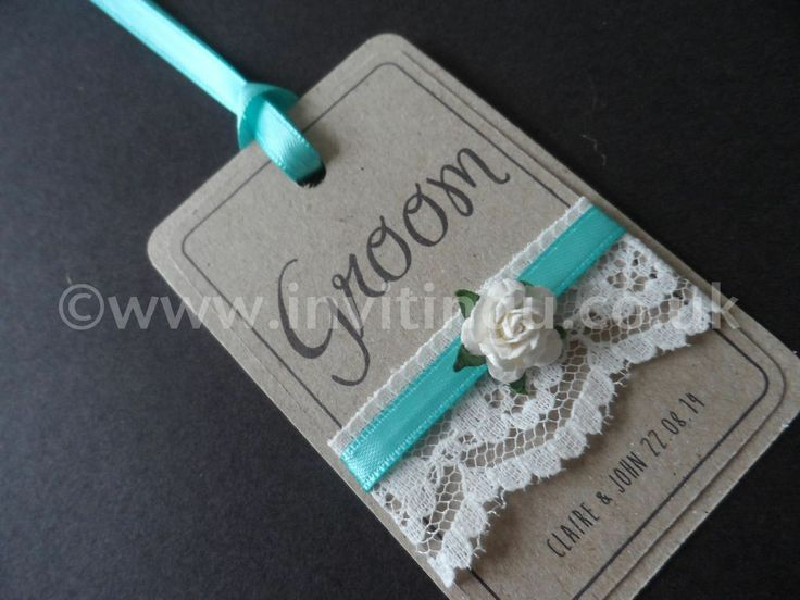 Vintage style wedding stationery. 'Oh So Pretty' place name tag from ©www.invitingu.co.uk