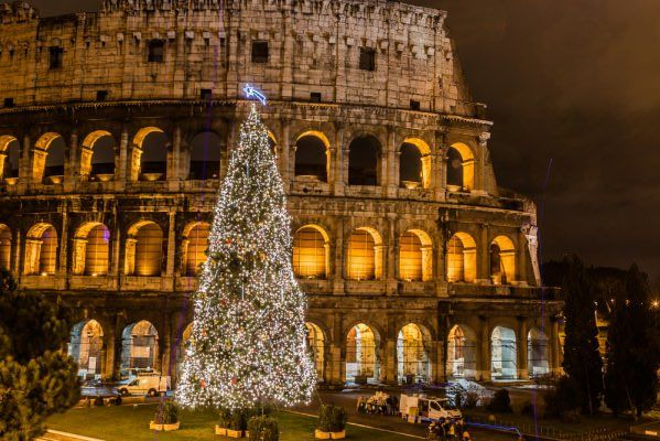 ITALIANS PUT A LOT OF EFFORT IN DECORATING THE CITIES WITH LIGHTS