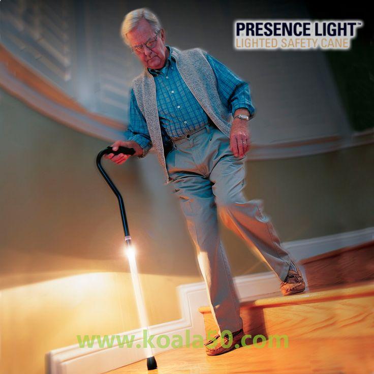 Bastón con Luz Presence Light - 12,50 €   ¡Camina con mayor comodidad y seguridad con el increíble bastóncon luz Presence Light! Un resistente bastón luminoso de calidad. Perfecto para personas mayores y con problemas de movilidad....  http://www.koala50.com/regalos-para-mayores/baston-con-luz-presence-light