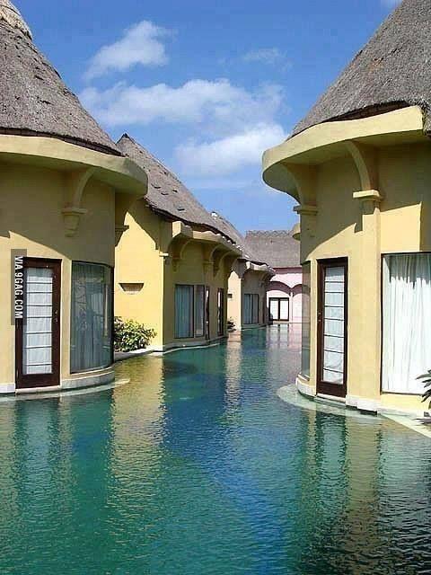 Swim resort in Bali