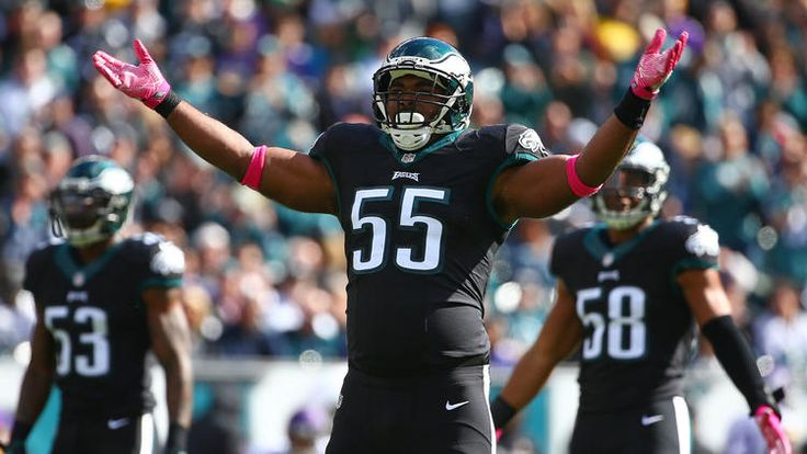 Eagles vs. Vikings  -  21-10, Eagles  -  October 23, 2016     PHILADELPHIA, PA - OCTOBER 23: Defensive end Brandon Graham #55 of the Philadelphia Eagles pumps up the crowd against the Minnesota Vikings in the first quarter at Lincoln Financial Field on October 23, 2016 in Philadelphia, Pennsylvania. (Photo by Mitchell Leff/Getty Images)