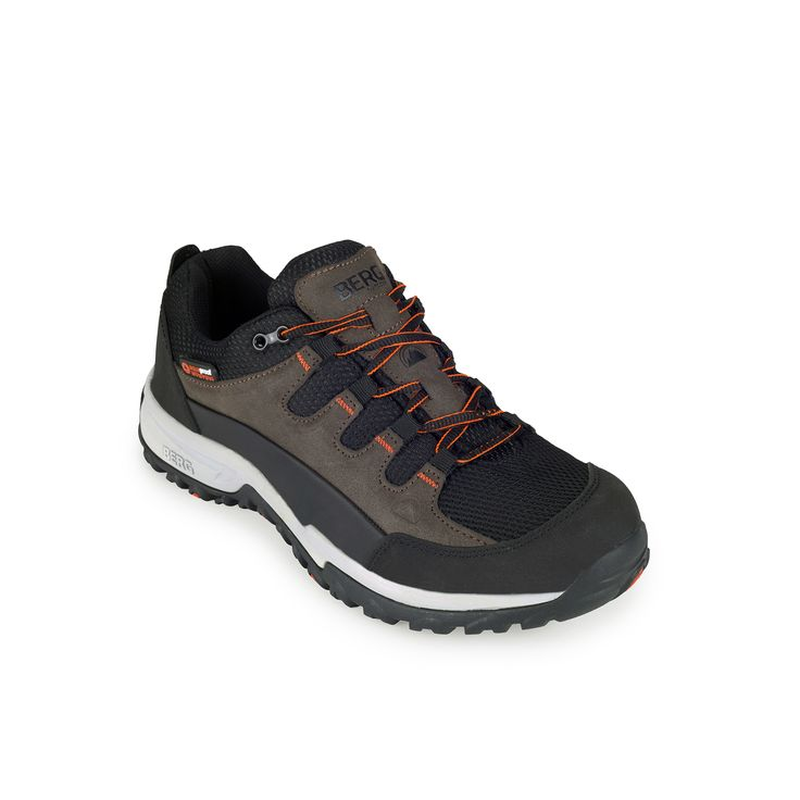 Perfect for rainy days, this waterproof sneaker offers high cushioning and grip in both dry and wet urban terrains.