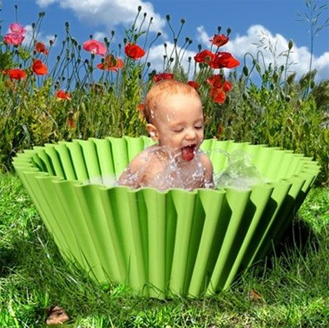 Love this baby pool--although it looks like it can be used for many other things.