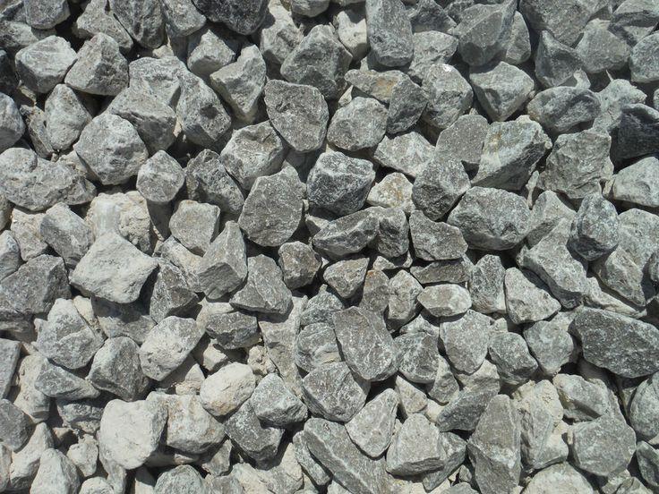 25 trending bulk gravel ideas on pinterest pea gravel for Grey stones for landscaping