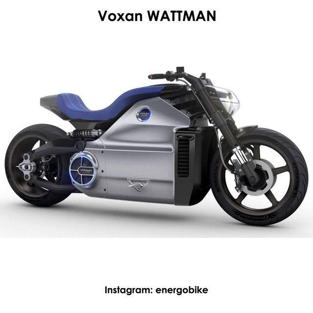 Voxan WATTMAN Самый тяжеловесный мотоцикл в мире. Аккумулятор Voxan Wattman весит около ста килограмм, то есть почти треть от всего веса машины. Электрический мотоцикл обладает силовой установкой, мощностью 200 лошадиных сил, которая способна разогнать этого 350-килограммового монстра до скорости 160 километров в час всего за 5.9 секунды, а максимальная скорость, которую способен развить этот мотоцикл, составляет 170 километров в час. Запас хода Voxan Wattman составляет 180 км. По словам…