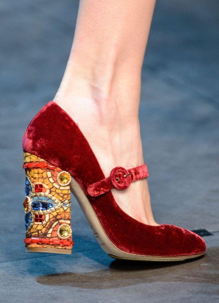 картинки обуви женской дольче габбана вся