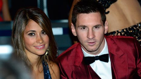 Messi and the hazards of a red suit