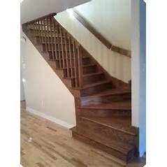 Escalier en bois avec 3 marches d'angle. Escalier quart tournant.