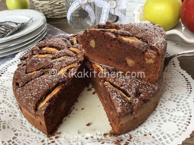 Torta di mele e cioccolato. Due torte in una: quella golosa al cioccolato e la…