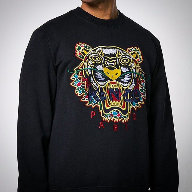 The AW18 Dragon Tiger sweat (215) from Kenzo is online now